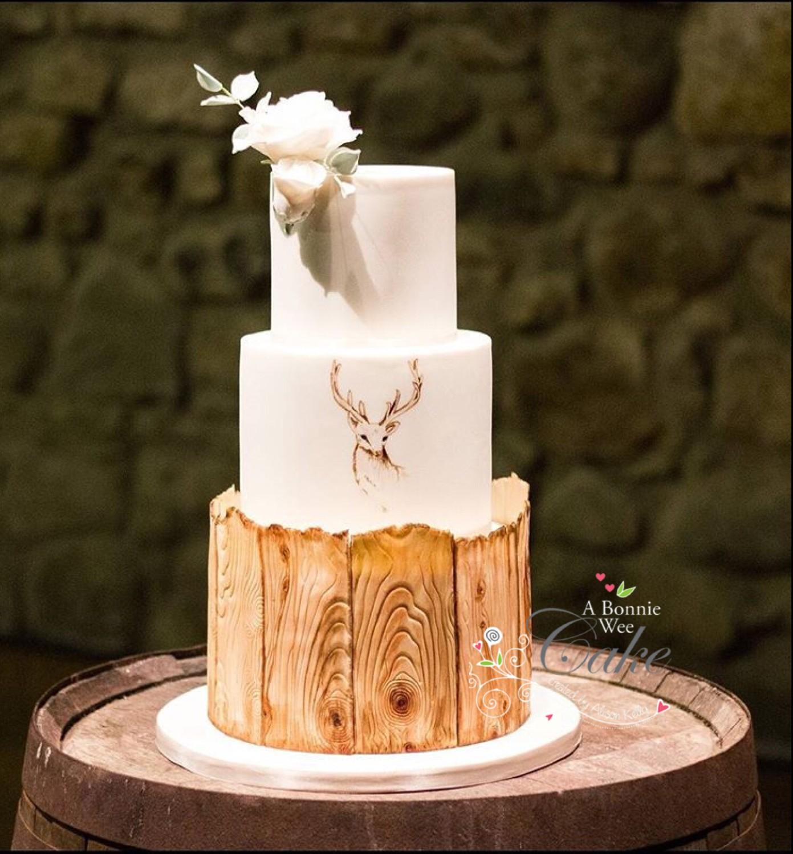 A Bonnie Wee Cake - Wedding Cakes - Fife, Scotland